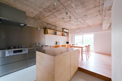 建築家:門間香奈子/古川晋也「house TA」