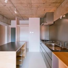 house TA (キッチン(撮影:RYOHEI HAMADA))