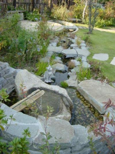 庭を楽しむ (住まう楽しみ-100年住み継ぐ家)