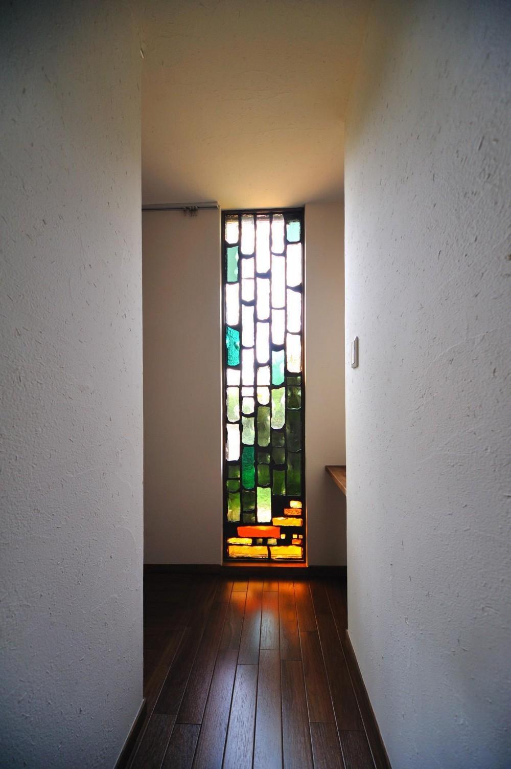 建築家:石川淳朗「T邸-古都に建つ桜と池を望む家-奈良」