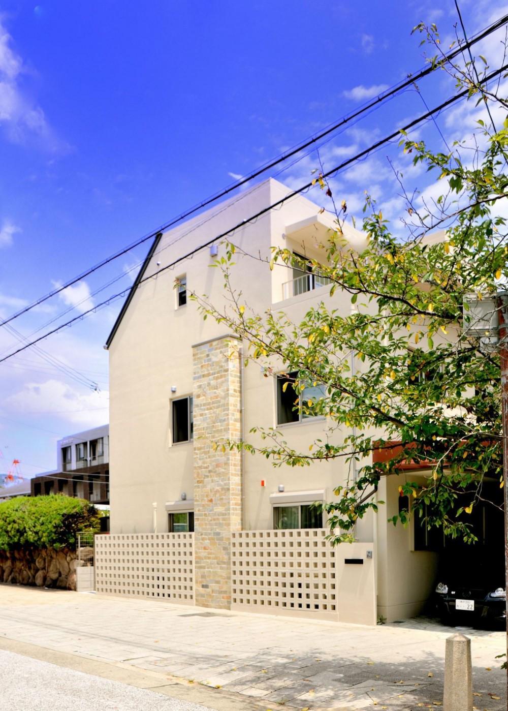 石川淳朗「T邸-RC造で地震に強く外断熱の家-神戸」