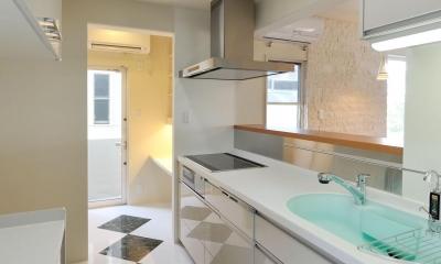 T邸-RC造で地震に強く外断熱の家-神戸 (キッチン)