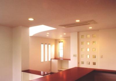 Y邸-眺望のよいのびやかな家-神戸 (ダイニング)