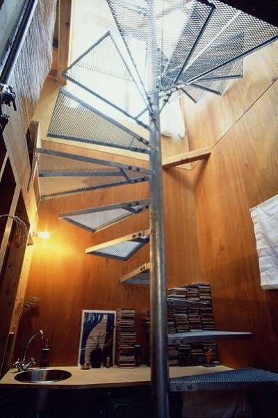 螺旋階段 (キチ001)
