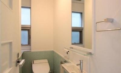 大家族が住める家 (2階メイントイレ)