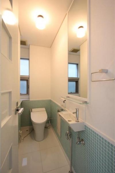 2階メイントイレ (大家族が住める家)