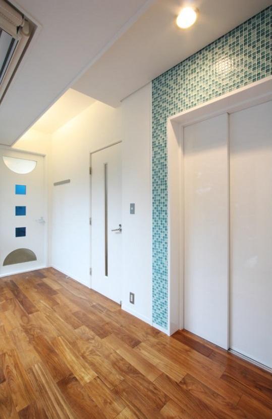 大家族が住める家の部屋 ホームエレベーター&廊下