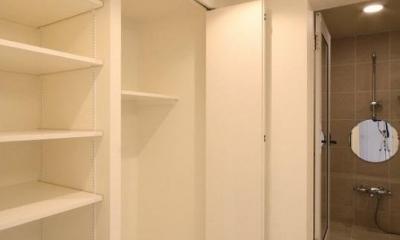 統一感のある家 (洗濯機置き場)