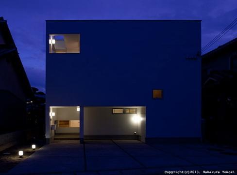 小倉の家の部屋 外観(夜間)