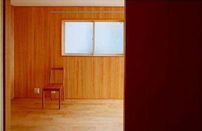 多目的ルーム (窓はある家)