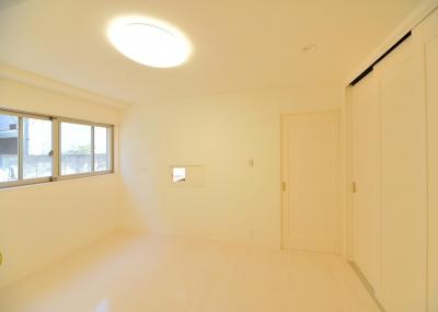 1F寝室 (W邸-都心に建つ瀟洒な二世帯住宅-東京・神楽坂)