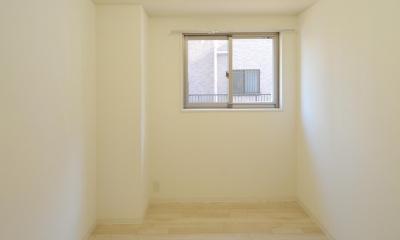 W邸-都心に建つ瀟洒な二世帯住宅-東京・神楽坂 (1F納戸)