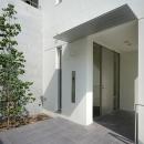 中島健アトリエ一級建築士事務所の住宅事例「がけ地に建つ家」