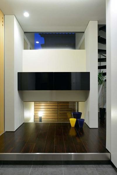 玄関 (月見山の家)