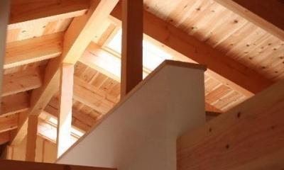 屋根裏|モダンな和の平屋