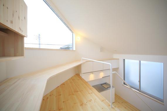 ミニマムハウス te-houseの部屋 ロフト-ワークスペース(撮影:永石写真事務所)