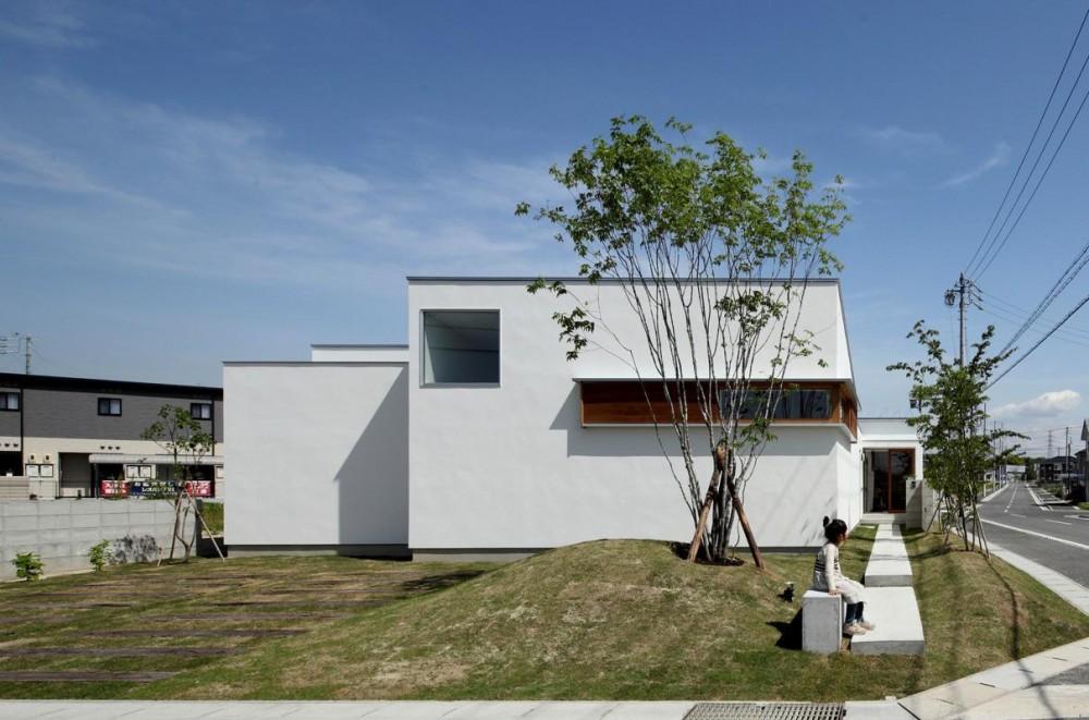 外観 (海東の家/地に近い暮らし 中庭が広がる住まい)