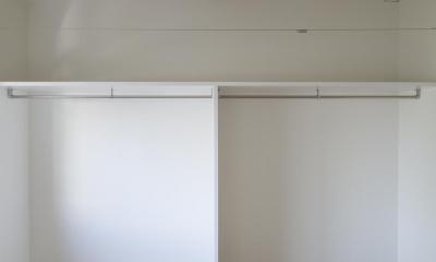 F-renovation (2階寝室)