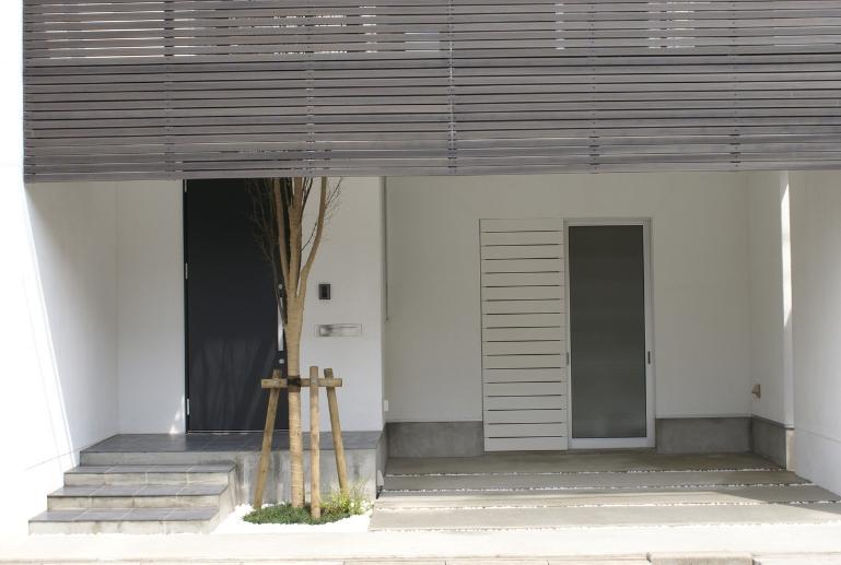 SA邸の部屋 玄関