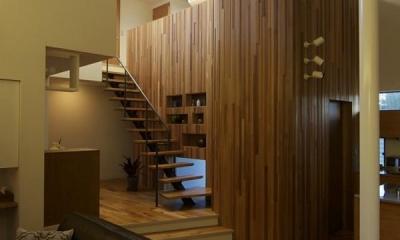 深大寺の家 (リビングから2階を望む)