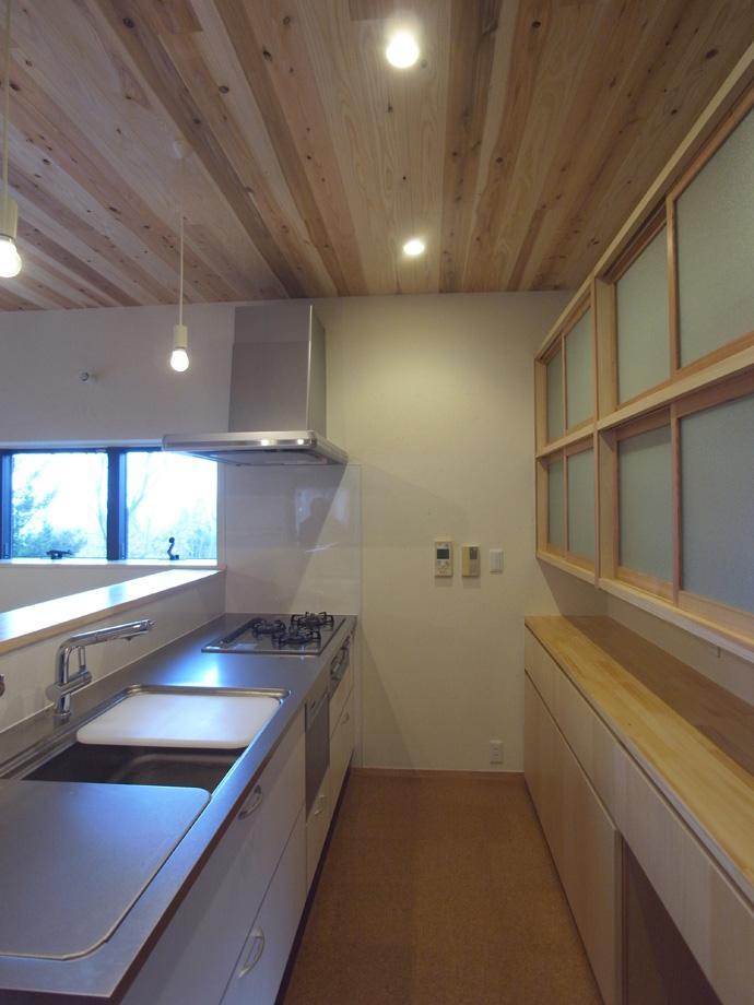 佐渡の家 (光の射しこむキッチン)