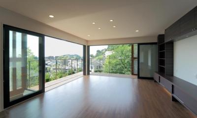 傾斜地の家1 (リビングルーム1)