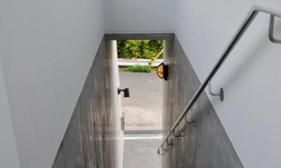 アプローチ階段|可変の家