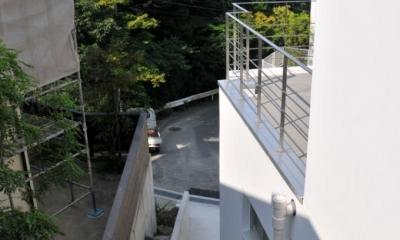 傾斜地の家2 (サブエントランスアプローチ)
