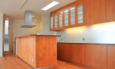 キッチン|傾斜地の家2