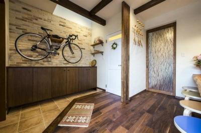 玄関ホール (将来は自宅でカフェを開く、おもてなしの家)