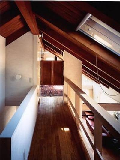 甲南山手の家 (渡り廊下)