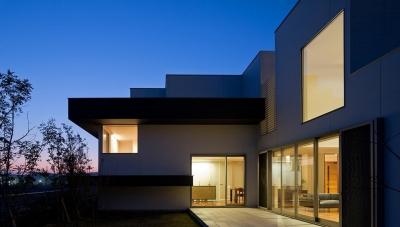 テラス (N8-house「Ⅲ-BOXの家」)