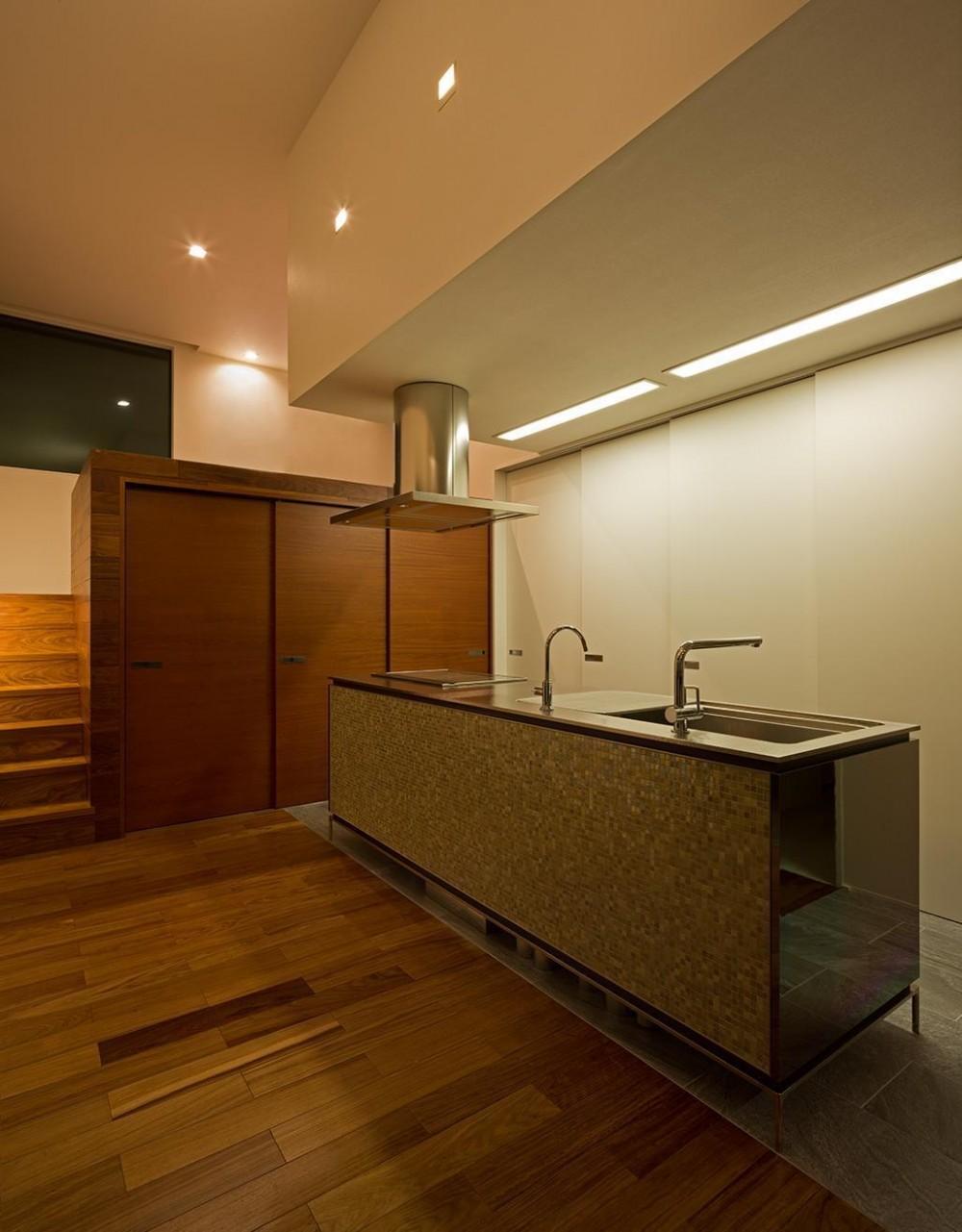 N8-house「Ⅲ-BOXの家」 (キッチン)