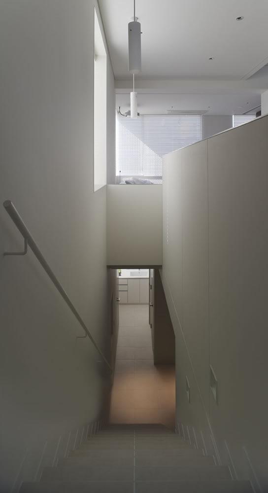 estの部屋 階段