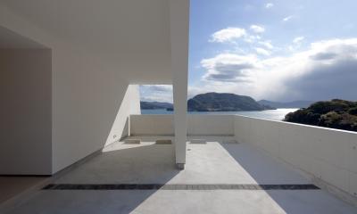 I-house「水平線の家」 (駐車場)