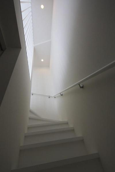 階段 (浅間台の家)