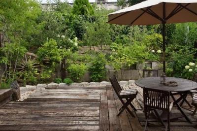 アジアンテイストの庭 (上品なアジアンテイストの家)