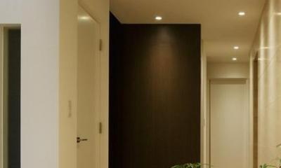 厳選素材のやさしい住まい (廊下)