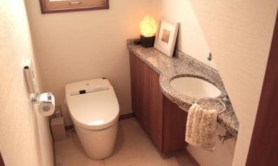 1階のトイレ|池田自邸