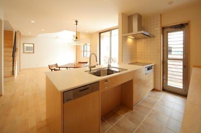 キッチン (オープンテラスの家)