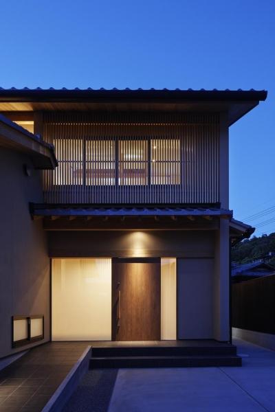 玄関ポーチ (京都市Tn邸)