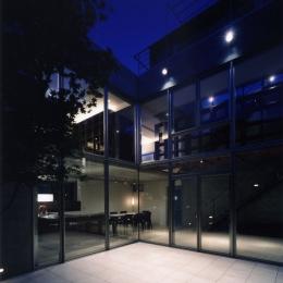 新宿の住宅 NIS (ガーデン)