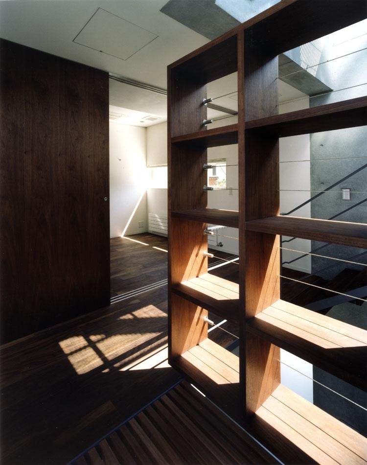 NISの写真 廊下
