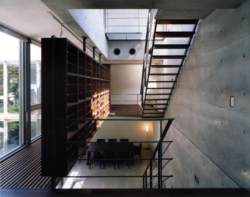 建築家:桑原聡「NIS」