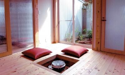 坪庭を楽しむモダン和室|家族のびのび大空間:自然素材の家