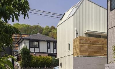 宝塚の家:大阪の注文住宅 地下1階地上3階建て住宅