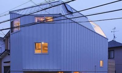 宝塚の家:地下1階地上3階建て スキップフロア