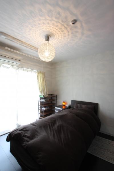 寝室・クローゼット (千葉市 I邸 やさしさを育む住まい)