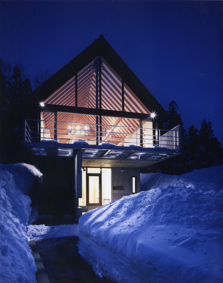 建築家:桑原聡「Hutte H.K.B」