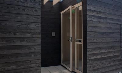 タテカグの家 -建築・内装・家具のトータルデザイン住宅- (玄関ポーチ)